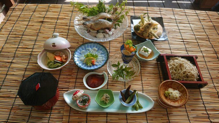 川床料理イメージ